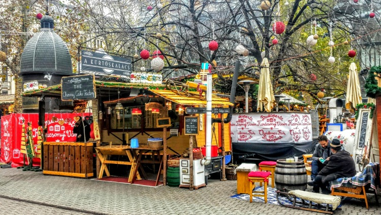 One of my favorite photos of the Christmas market in Budapest